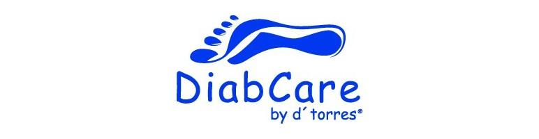 Sandalias cómodas y amplia,diseñadas para el cuidado de pies delicados